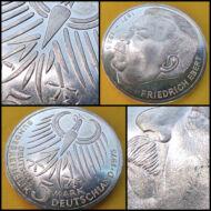 1975 NSZK ezüst emlék 5 márka érme J verdejel Friedrich Ebert